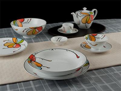 Bộ bàn ăn Bóng Bay 35 sản phẩm