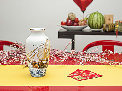 Quà tặng tết Bình Hoa thuận buồm 27cm