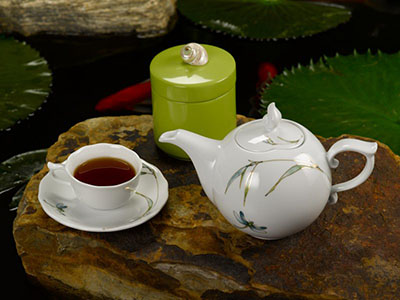 Bộ trà 0.7 L Mẫu Đơn thanh trúc