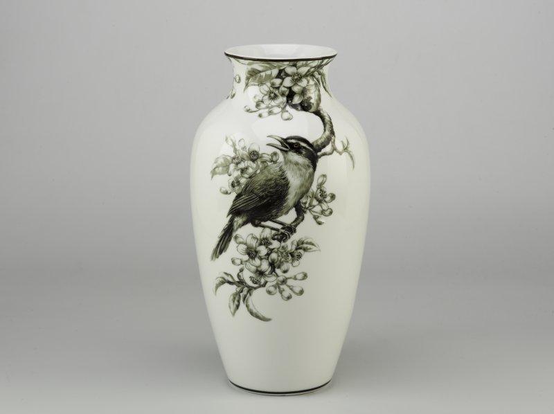 Chim Họa Mi và Hoa Bưởi Hoa văn men trắng
