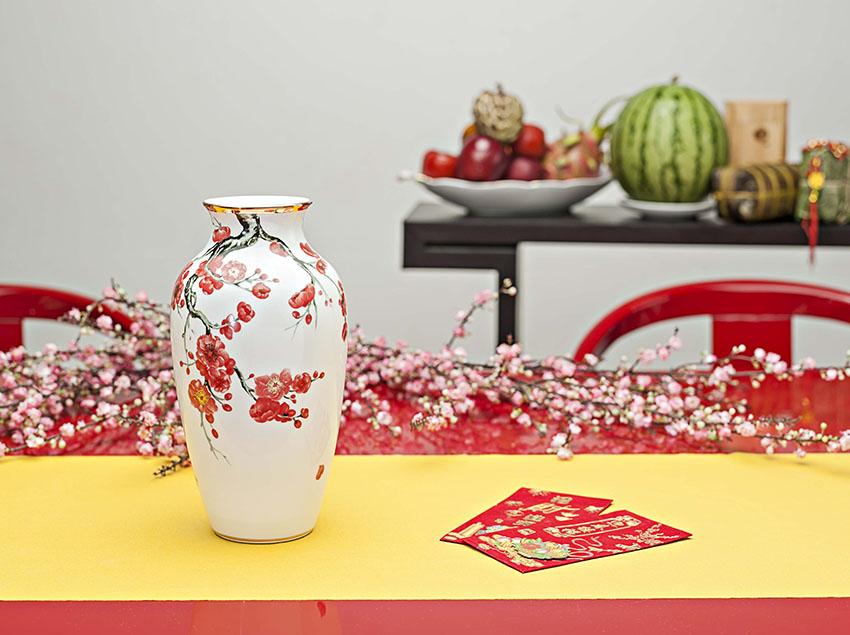 Quà tết Bình Hoa Đào 27cm