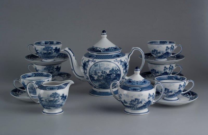 Bộ trà cao cấp Hoàng Cung Hồn Việt 1.3 L