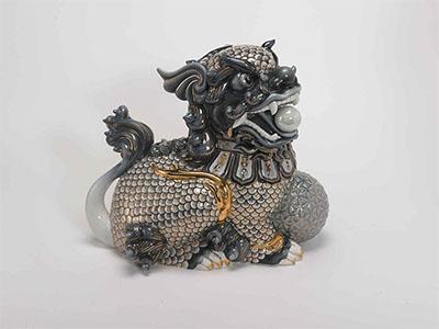 Tượng Kỳ Lân Cobalt Trang Trí Bạch Kim 29x33x20 (cm)