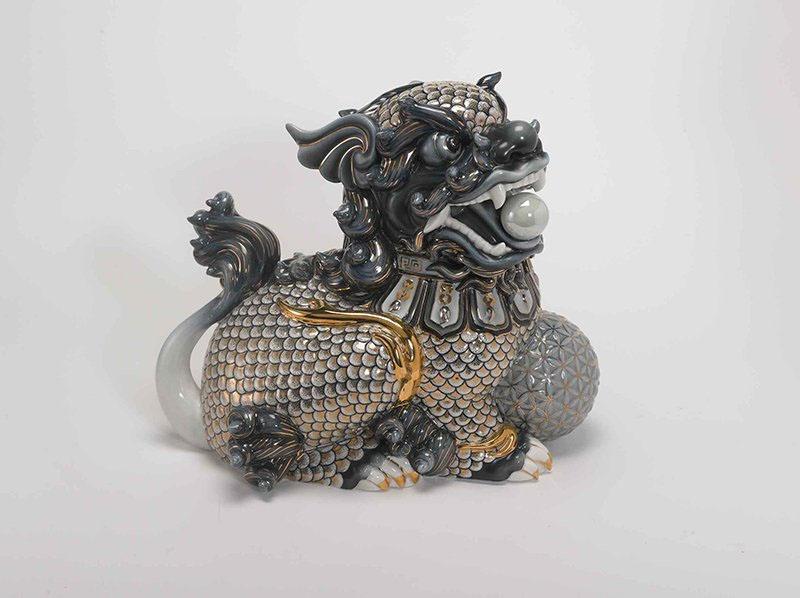 Kỳ Lân Cobalt Trang Trí Bạch Kim 29x33x20 (cm)