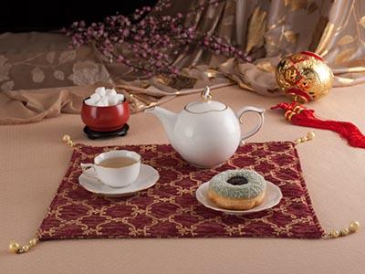 Bộ trà cao cấp Mẫu Đơn IFP bắt chỉ vàng 0.7 L
