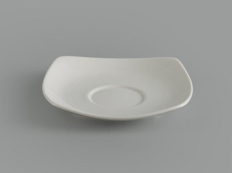 Dĩa lót chén vuông 15.5 cm Jasmine Ly's Trắng ngà
